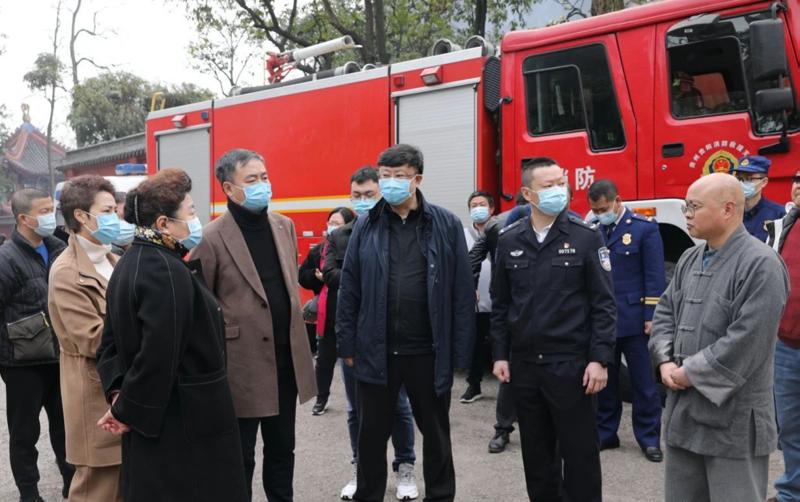 林刚调研辖区重点场所疫情防控、 安全稳定工作.png